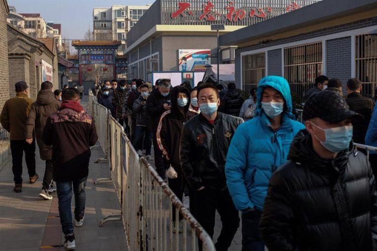 China suma 10 nuevos contagios «importados» y se mantiene en cifras mínimas