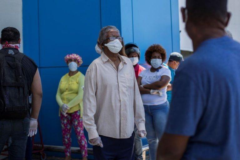 Salud Pública reporta 695 nuevos contagios de la covid-19 y 11 defunciones
