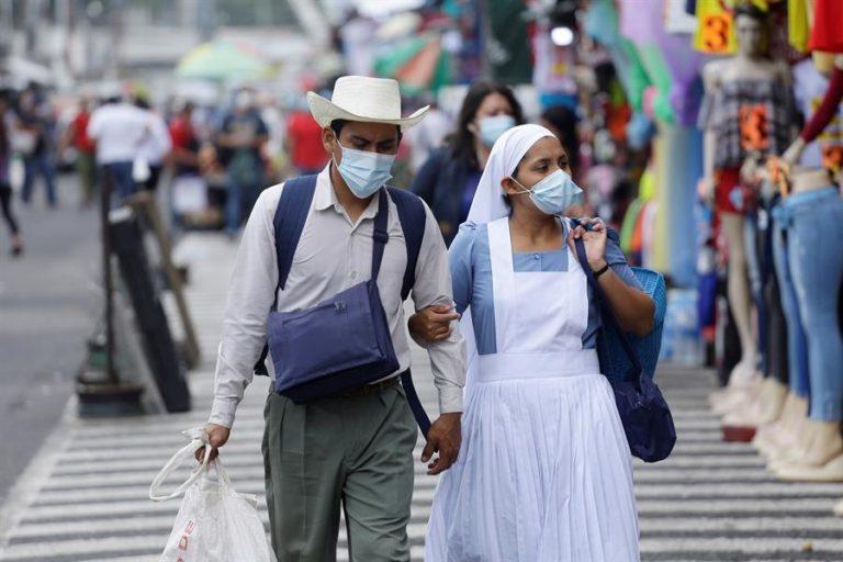 Los casos de la covid superan los 60.400 en El Salvador y las muertes suman 1.869